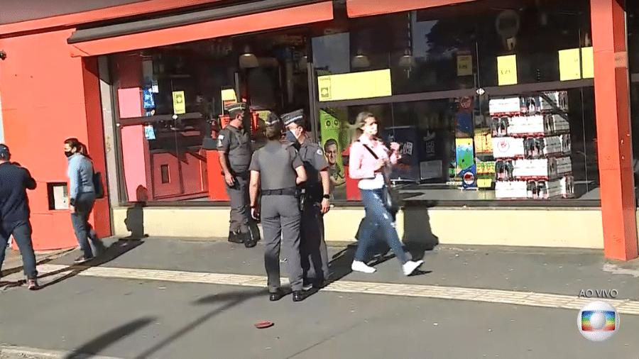 Homem invadiu mercado e fez funcionária refém no Paraíso, zona sul de São Paulo - Reprodução/TV Globo