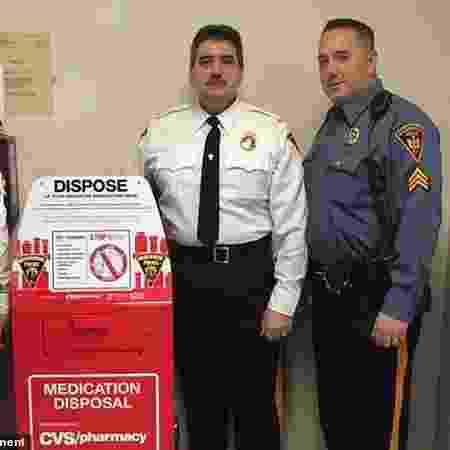 Policiais recebem US$ 2,5 mi após anos de assédio dos chefes com vibrador - Divulgação/Mountainside Police Department