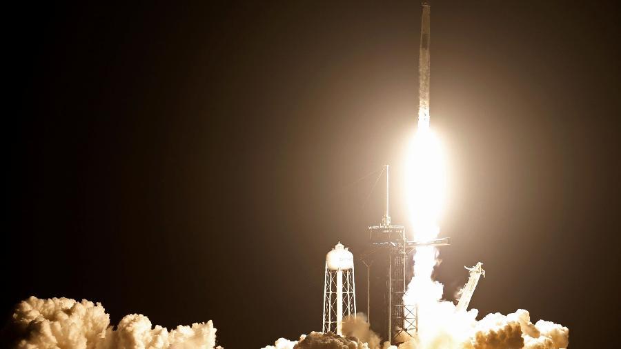 Lançamento do foguete Falcon 9 para Missão Crew-2 ocorreu no Cabo Canaveral, nos Estados Unidos - Thom Baur/Reuters