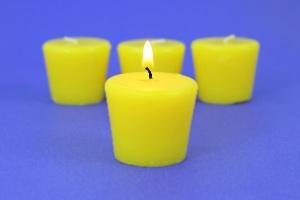 Velas de citronela são inúteis para espantar pernilongo, mostra estudo (Foto: Getty Images)