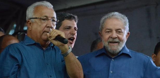 Presença de Jackson Barreto (à esq.) gerou críticas da CUT e de parte do PT sergipano