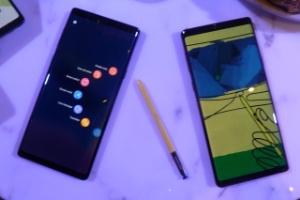 Galaxy Note 9 tem superbateria e caneta que funciona como controle remoto (Foto: Lilian Ferreira/UOL)