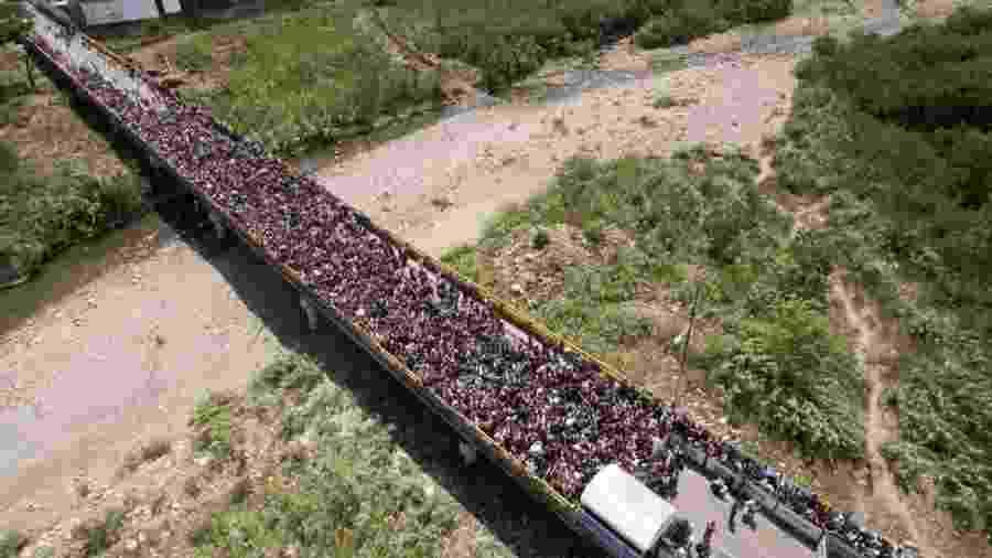 Ponte que liga San Antonio del Táchira, na Venezuela, a Villa Del Rosario, do lado colombiano, se tornou símbolo do êxodo de venezuelanos - EPA