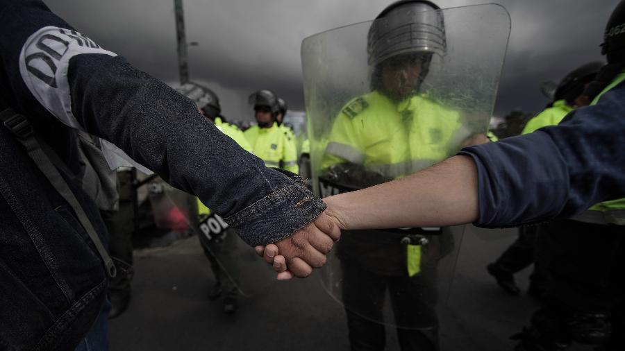 """Estudantes participam do protesto que ganhou o nome de """"Grande tomada das capitais"""" - Jhon Paz/Xinhua"""