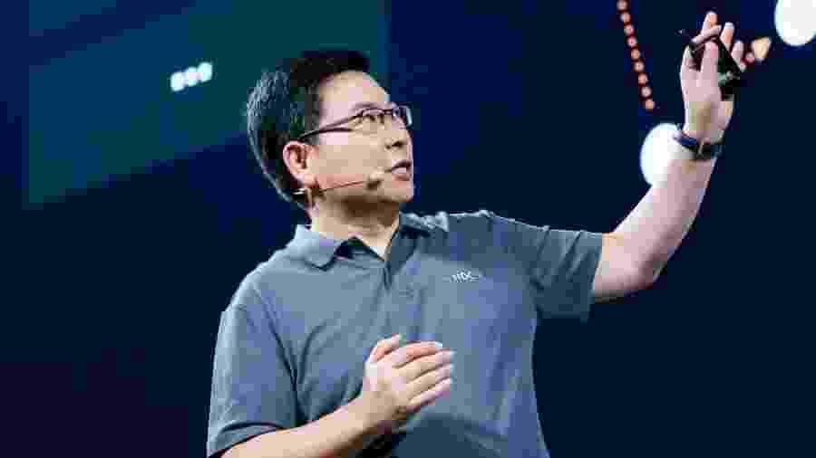 Richard Yu, chefe de aparelhos da Huawei, apresenta o HarmonyOS - Divulgação/Huawei