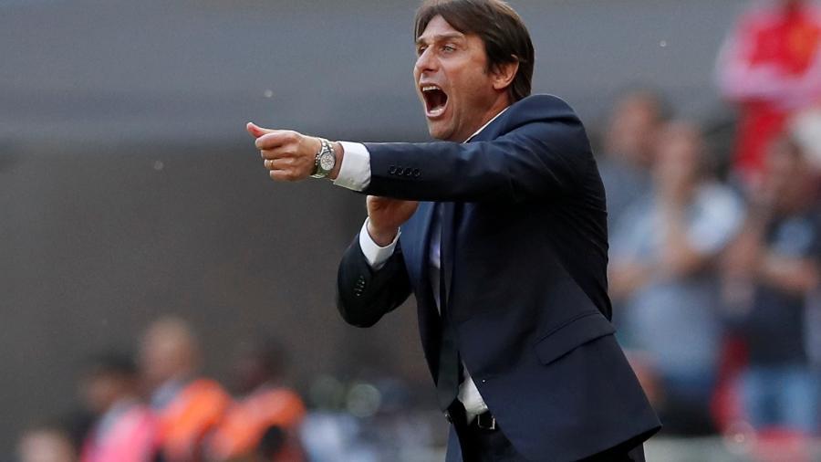Antonio Conte durante partida do Chelsea contra o Manchester United em 2018 -