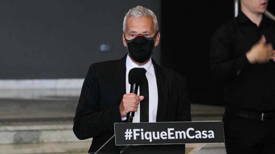 João Gabbardo dos Reis, membro do Centro de Contingência do combate ao coronavírus em São Paulo - ROGÉRIO GALASSE/FUTURA PRESS/ESTADÃO CONTEÚDO