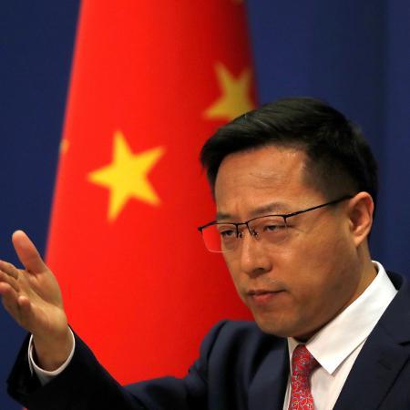 """Porta-voz do Ministério das Relações Exteriores da China diz esperar que EUA """"respeitem os fatos, a ciência e o trabalho árduo dos especialistas da equipe da OMS"""" - Reuters"""