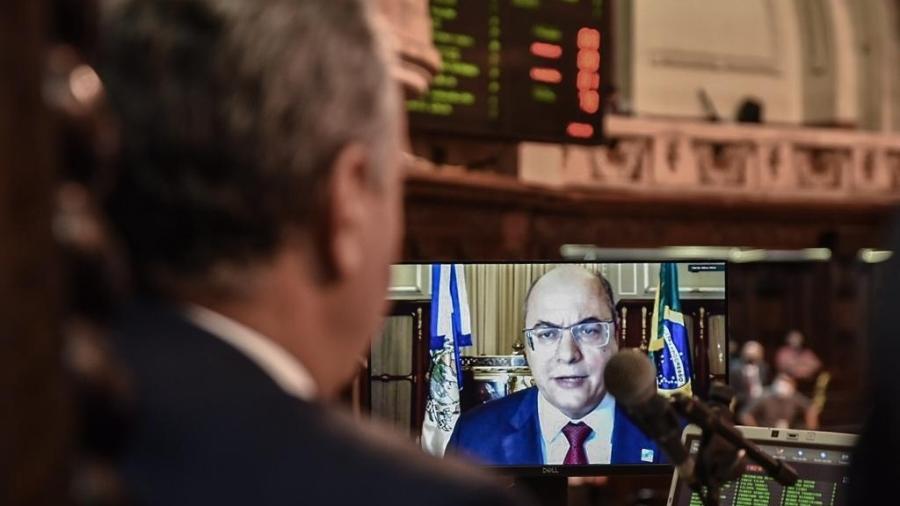 23.set.2020 - Wilson Witzel em pronunciamento em sessão que aprovou relatório do impeachment - Julia Passos/ Alerj