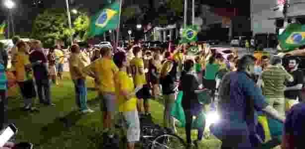 16.mar.2016 - Protesto contra a nomeação do ex-presidente Luís Inácio Lula da Silva ocorre em Fortaleza (CE) - Jackson Aragão/Via WhatsApp - Jackson Aragão/Via WhatsApp