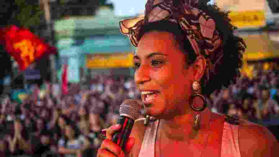 Marielle Franco em comício durante as eleições de 2016. A vereadora foi assassinada há um ano - Divulgação/PSOL