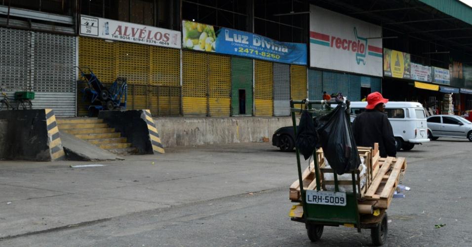 Protesto de caminhoneiros contra aumento do combustível entra no terceiro dia e começa a afetar vendas na Central de Abastecimento do Estado do Rio de Janeiro (Ceasa-RJ), em Irajá, zona norte da cidade