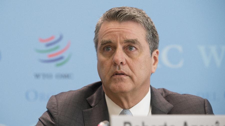 2.abr.2019 - Roberto Azevedo, diretor geral da Organização Mundial do Comércio (OMC), participa de uma coletiva de imprensa em Genebra, Suíça, em 2 de abril de 2019. A OMC rebaixou sua previsão sobre o crescimento do comércio global para este ano - Xinhua/Xu Jinquan