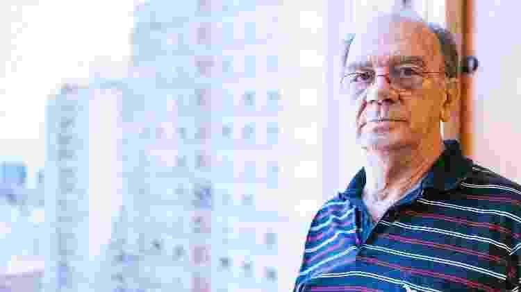 O químico Gilberto Orivaldo Chierice, que sintetizava a fosfoetanolamina - Omar Freitas/Agência RBS/Folhapress