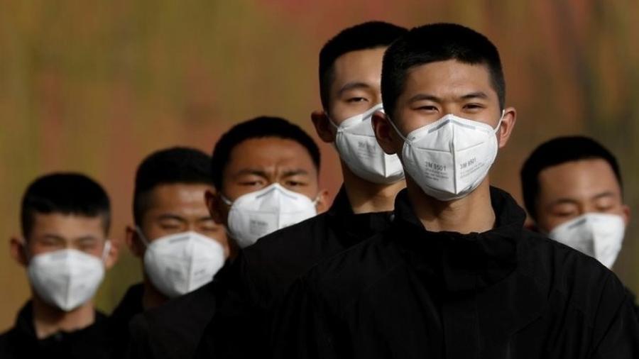 Estudo aponta que apenas 14% das pessoas infectadas foram identificadas no início do surto na China - Reuters