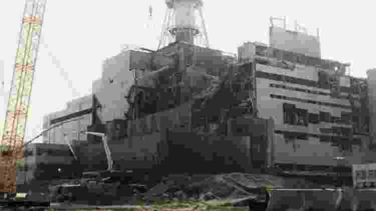 Em Chernobyl, um incêndio começou após a explosão de um reator de uma usina nuclear - Getty Images - Getty Images