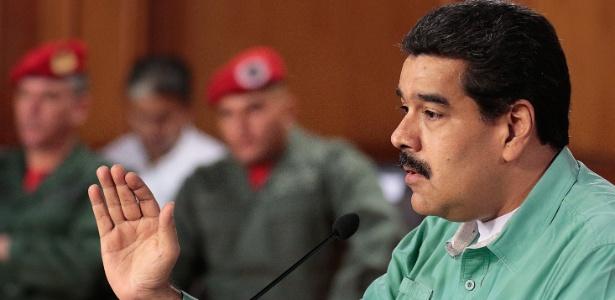 O presidente da Venezuela, Nicolás Maduro, faz pronunciamento transmitido pela TV, em Caracas