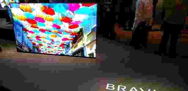 Sony entrou no mundo da tecnologia OLED durante a CES 2017 - Márcio Padrão/UOL - Márcio Padrão/UOL
