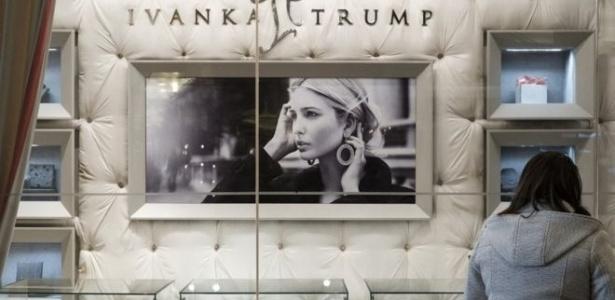 Rede online de roupas disse que vendas dos produtos Ivanka Trump aumentaram 346% em fevereiro na comparação com janeiro e 557% na comparação com a média do ano passado