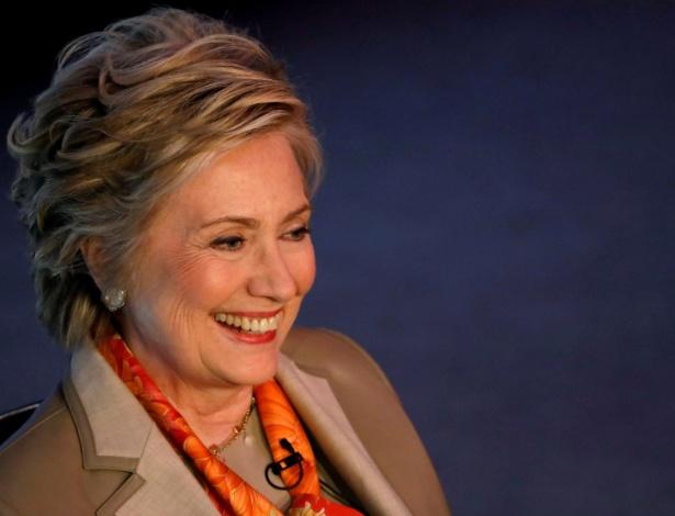 Hillary Clinton quer incentivar as pessoas a se envolverem com a política