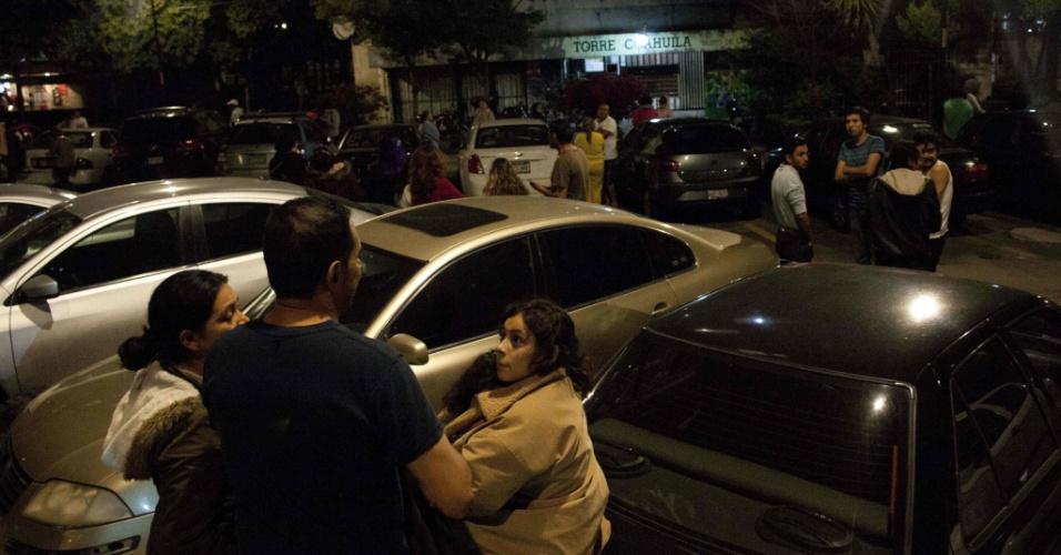 Terremoto de magnitude 8 na escala Richter atinge Cidade do México