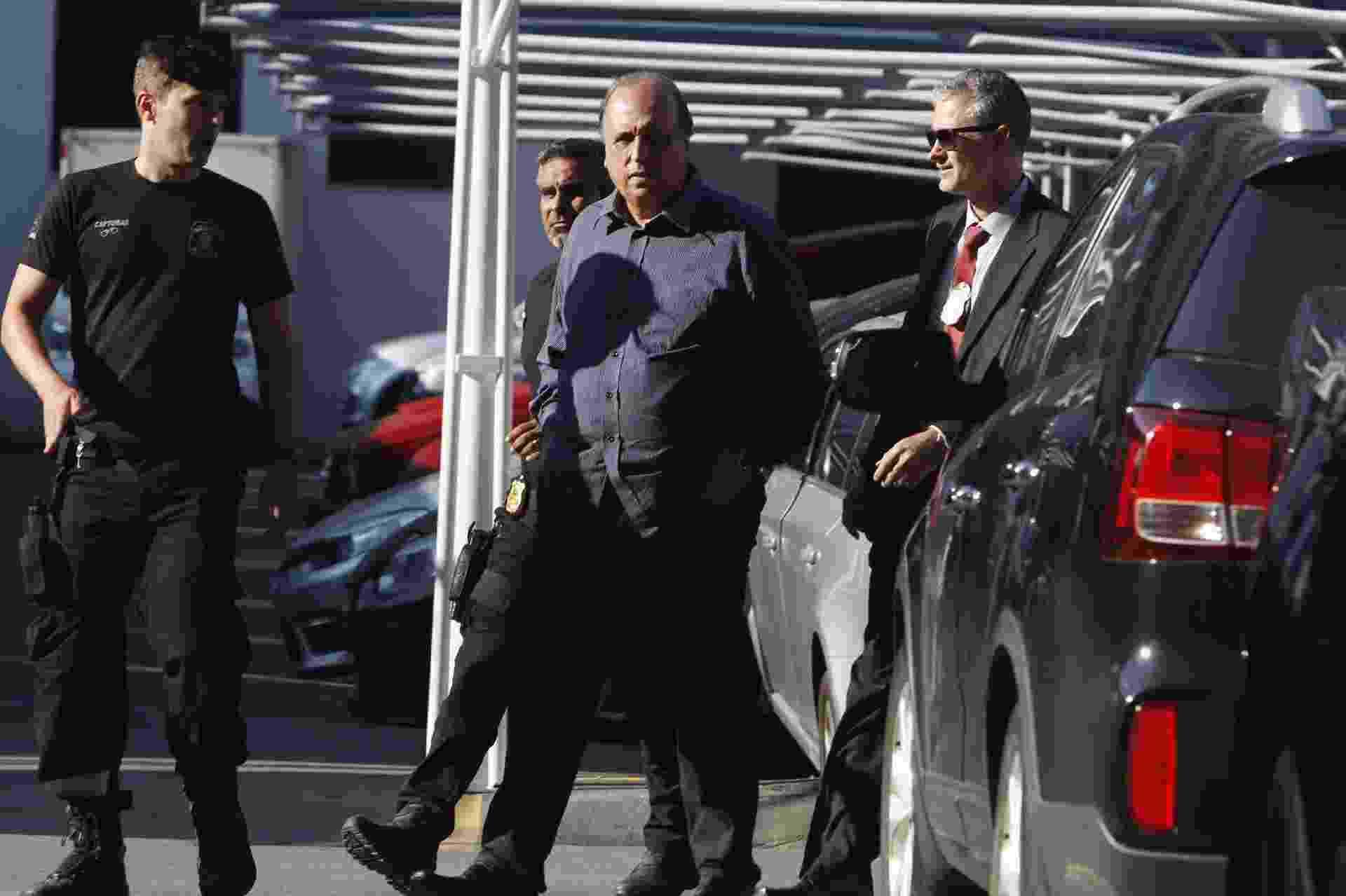 O governador Luiz Fernando Pezão (MDB), que foi preso na manhã desta quinta-feira, 29, em operação da Polícia Federal, que recebeu o nome de Boca de Lobo, chega à superintendência da Polícia Federal na Região Portuária do Rio - Severino Silva/Agência O Dia/Estadão Conteúdo