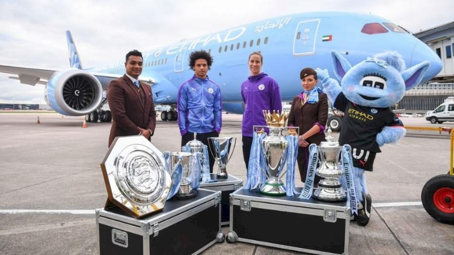 Etihad comemora chegada de novo Boeing com pintura dedicada a Manchester City - Imagem/Divulgação