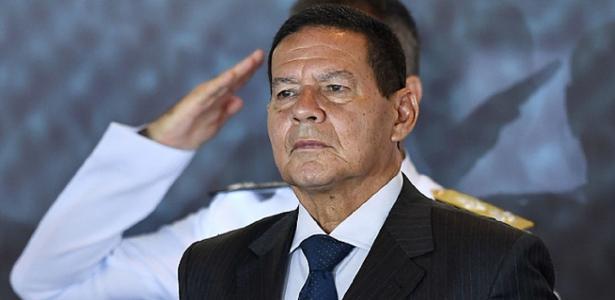 Vice-presidente | 'Nenhum país vem causando tanto mal a si mesmo como o Brasil', diz Mourão