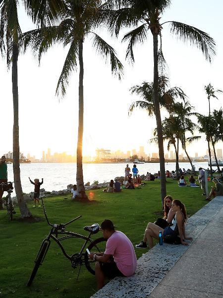 Miami Beach: empresa de shoppings vende imóvel de luxo nos Estados Unidos - Cliff Hawkins/Getty Images