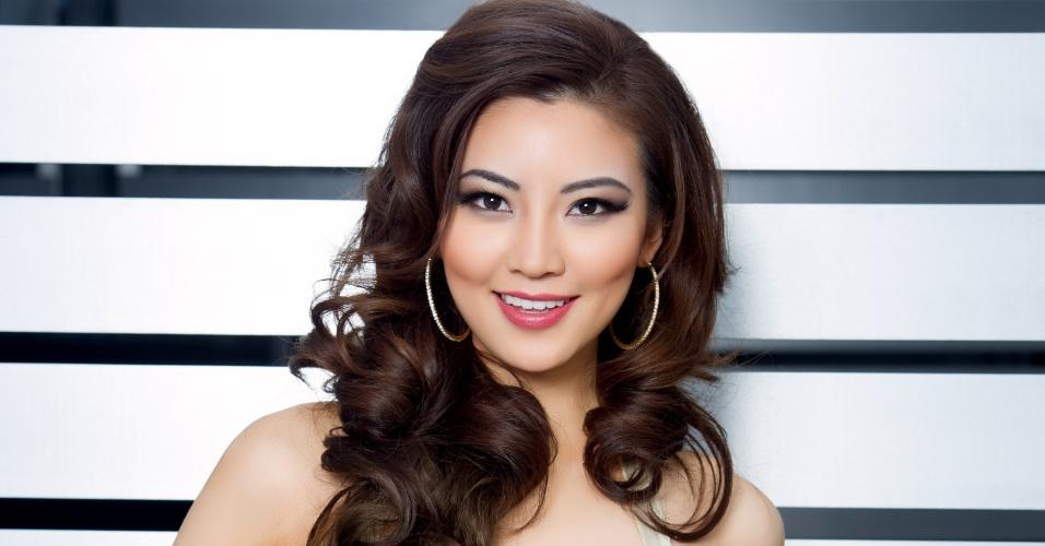 O olho puxado mostra bem de onde Seoyeon Kim é: a Miss Coreia do Sul tentará levar o título para o oriente. A disputa do Miss Universo 2015 ocorre na noite deste domingo (20), em Las Vegas, nos Estados Unidos