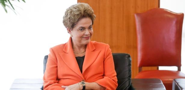 Dilma assina pacote de bondades no Dia do Trabalhador