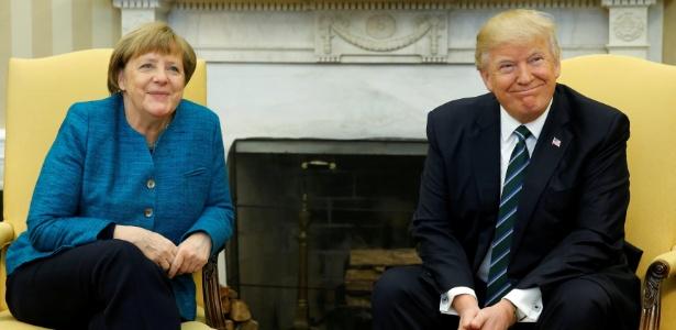 O presidente dos EUA, Donald Trump, recebe a chanceler (premiê) da Alemanha, Angela Merkel, no Salão Oval da Casa Branca, em Washington