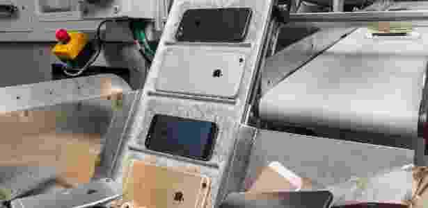 Daisy, robô da Apple que desmonta iphone - Divulgação