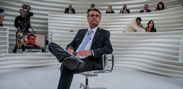 Resultado de imagem para Bolsonaro no Roda Viva