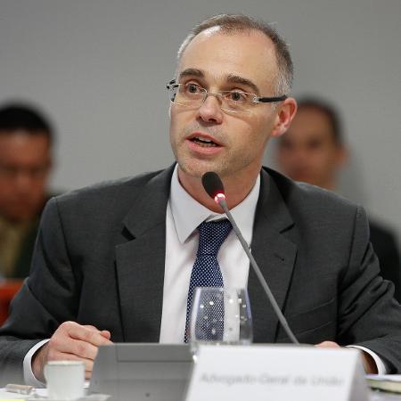 27.fev.2019 - O advogado-geral da União, André Luiz de Almeida Mendonça - Isac Nóbrega/PR
