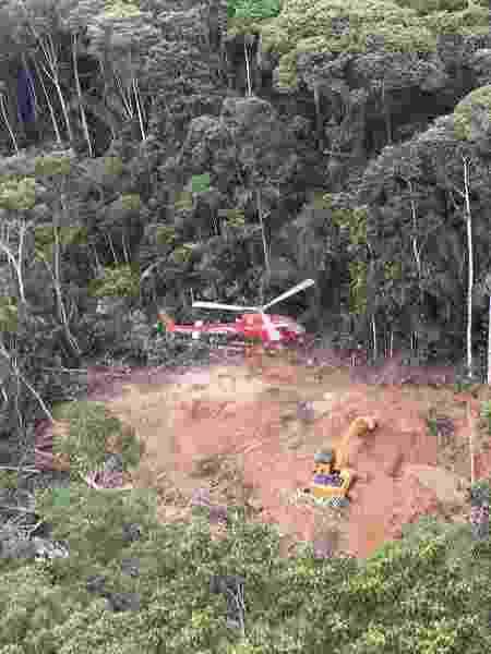 Helicóptero do Ibama localiza garimpo dentro de terra indígena - Fabiano Maissonave/Folhapress