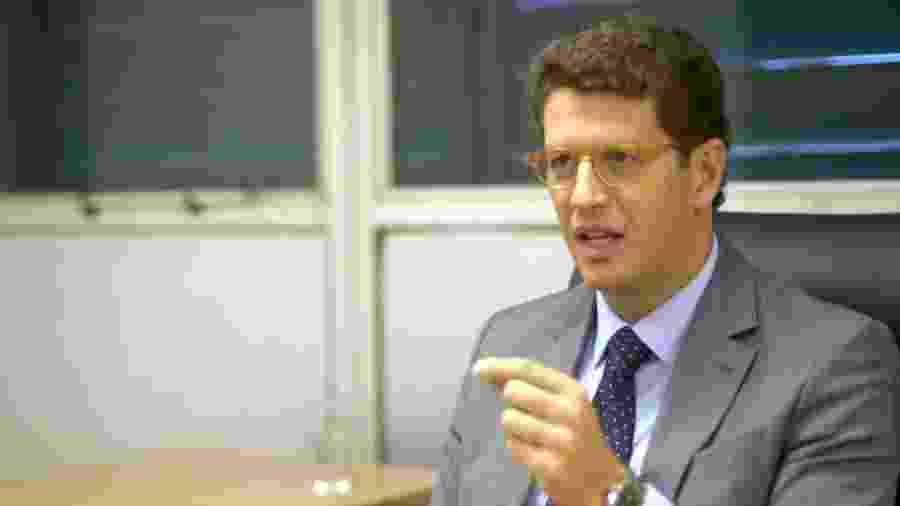 Formado em Direito, Ricardo Salles foi diretor da Sociedade Rural Brasileira e um dos fundadores do Movimento Endireita Brasil antes de ingressar na política - Felix Lima/BBC News Brasil