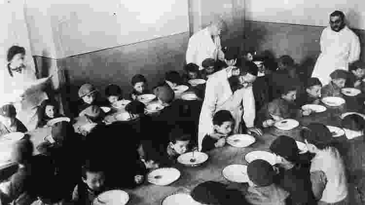 Um 'programa de alimentação' conseguiu melhorar a nutrição no gueto - Getty Images - Getty Images