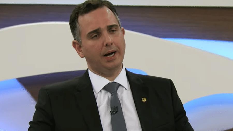 Rodrigo Pacheco, presidente do Senado: jogue logo no lixo os pedidos dos insanos e freie a demanda por loucura - Reprodução/Youtube Roda Viva