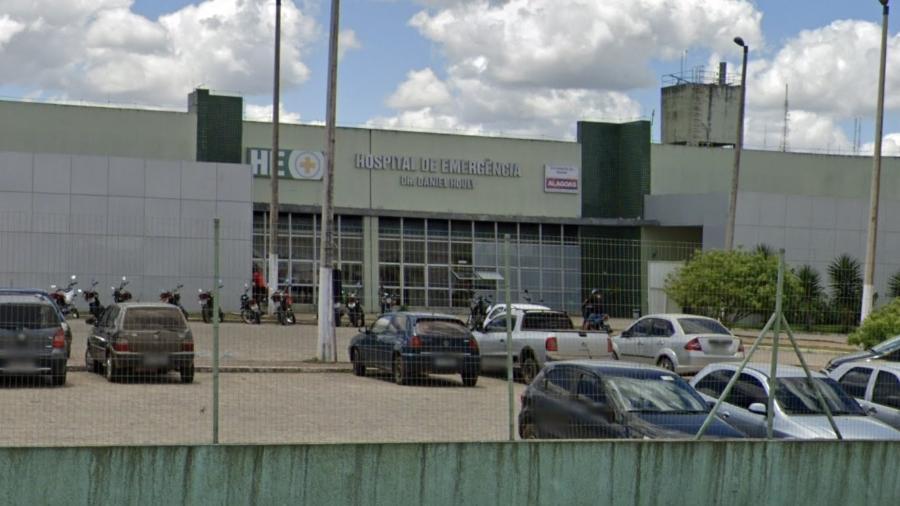 Mulher foi socorrida ao Hospital de Emergência, em Arapiraca (AL) - Reprodução/Google Maps