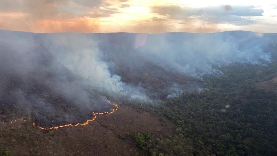 Incêndio consome a Chapada dos Veadeiros, em Goiás - Divulgação/Corpo de Bombeiros - 23.set.2021