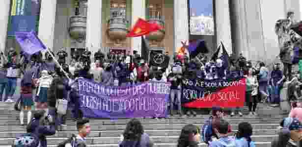 Estudantes e professores em greve no Rio de Janeiro (arquivo) - Alfredo Mergulhão/UOL