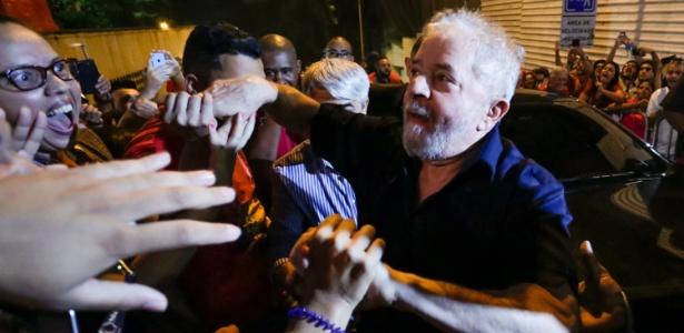 Ex-presidente Lula chega à avenida Paulista - Alice Vergueiro/ Folhapress