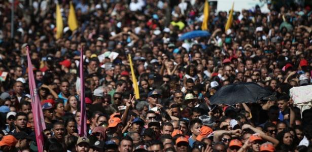 Evento de 1º de Maio da Força Sindical na zona norte de São Paulo