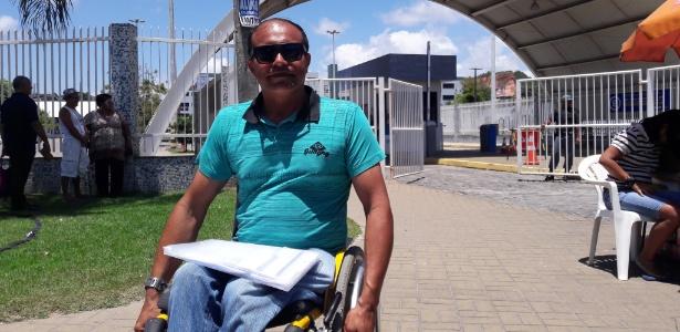 Nivaldo Martins da Silva, 47, tem o sonho de cursar medicina - Aliny Gama/UOL