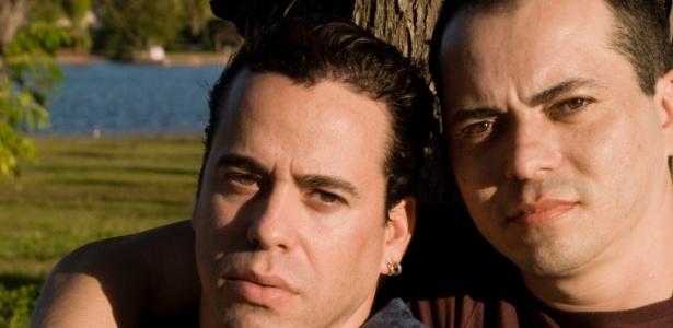 O casal de ex-sargentos do Exército Fernando Alcântara (e) e Laci Marinho de Araújo