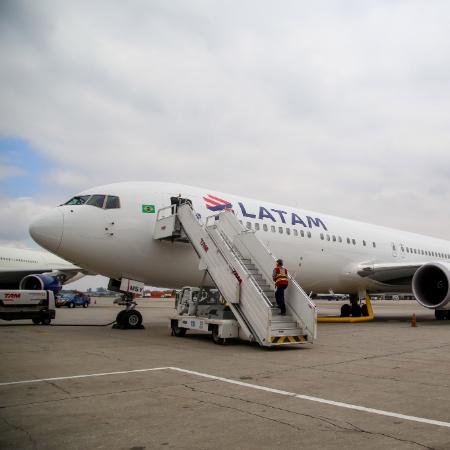 Latam terceirizou a operação em Guarulhos para a Orbital - Amanda Perobelli/UOL