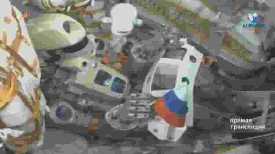 Imagem tirada de gravação de vídeo mostra o robo Skybot F-850, conhecido como Fedor  - Agência Espacial Russa Roscomos/Reuters