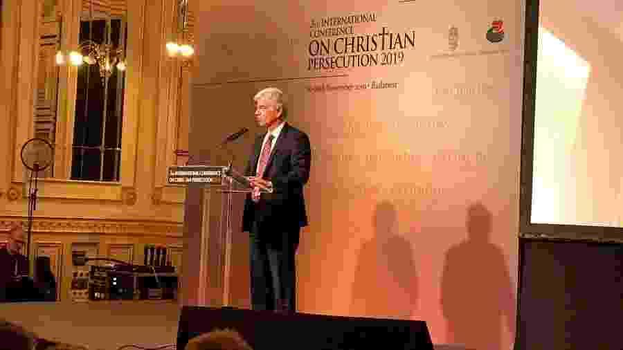 O secretário de Assuntos de Soberania Nacional e Cidadania, embaixador Fabio Mendes Marzano, em evento em Budapeste - Jamil Chade/UOL