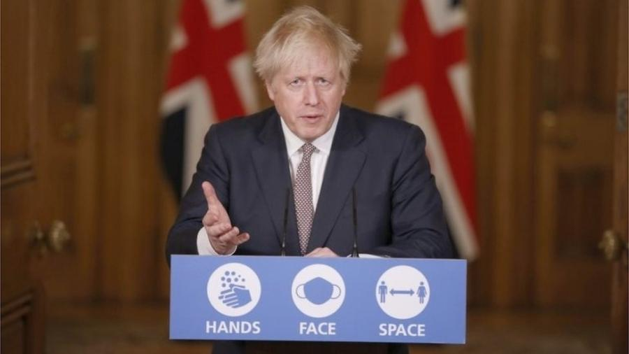 Primeiro-ministro Boris Johnson anunciou novas medidas para tentar conter aumento de casos - PA Media